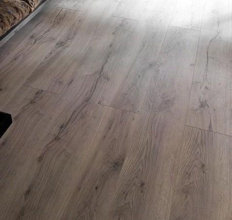vente parquet bois stratifi sol plastique par cris btp. Black Bedroom Furniture Sets. Home Design Ideas